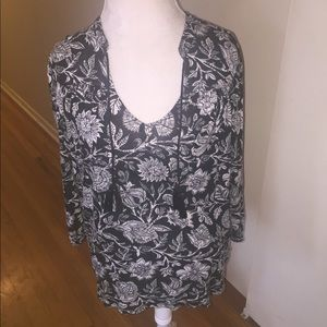 Lucky Brand floral print peasant top sz medium